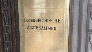 ÖÄK Steinhart Szekeres Protest