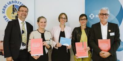 V. li.: Schmitzberger, Mursch-Edlmayr, Paulke-Korinek, Wiedermann-Schmidt und Schwarz informierten zum Thema Impfen.