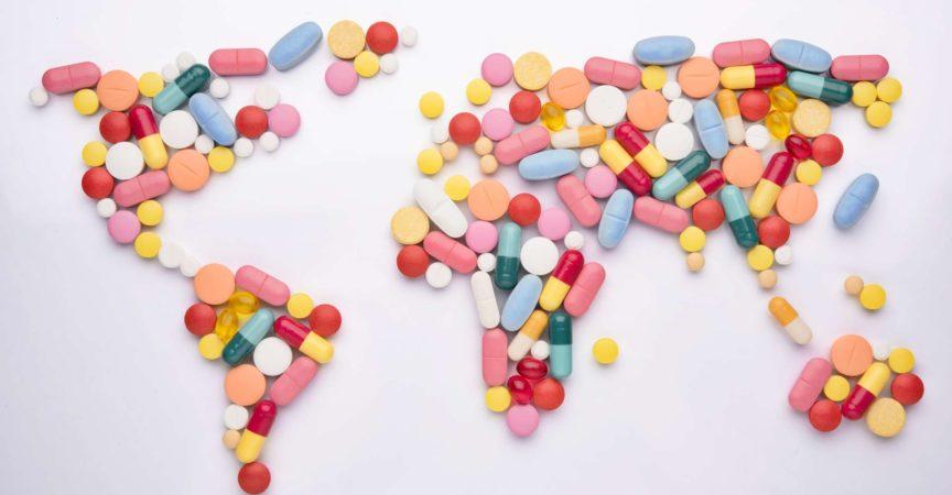 Pillen in Weltkartenform