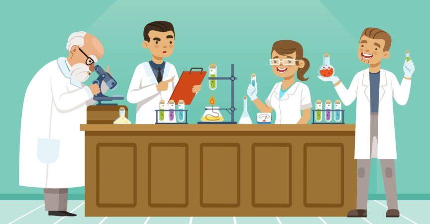 Professionelle Chemiker in ihrem Labor machen verschiedene Experimente auf dem Tisch. Männliche und weibliche Mediziner