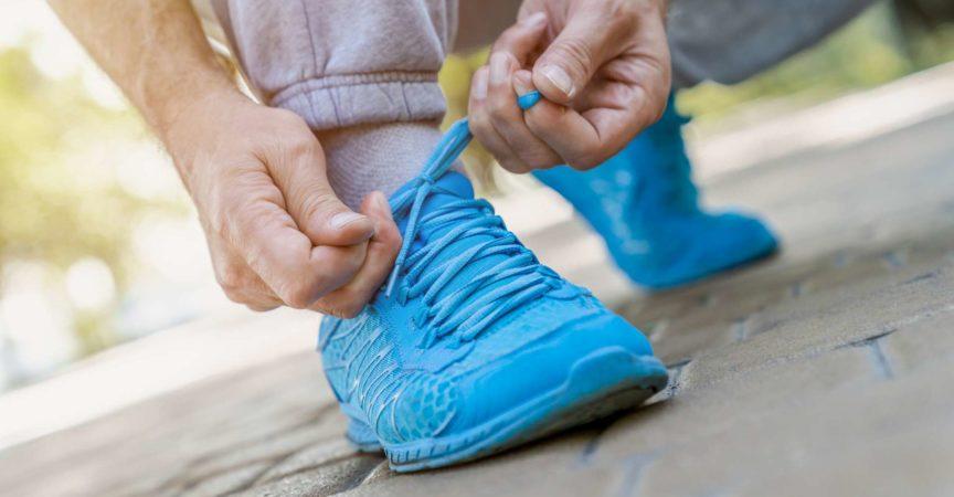 Älterer Erwachsener, Sport treiben, Joggen, gesunder Lebensstil, Sport