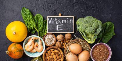 Sortiment Nahrungsquellen für Vitamin E. Gesunde Produkte