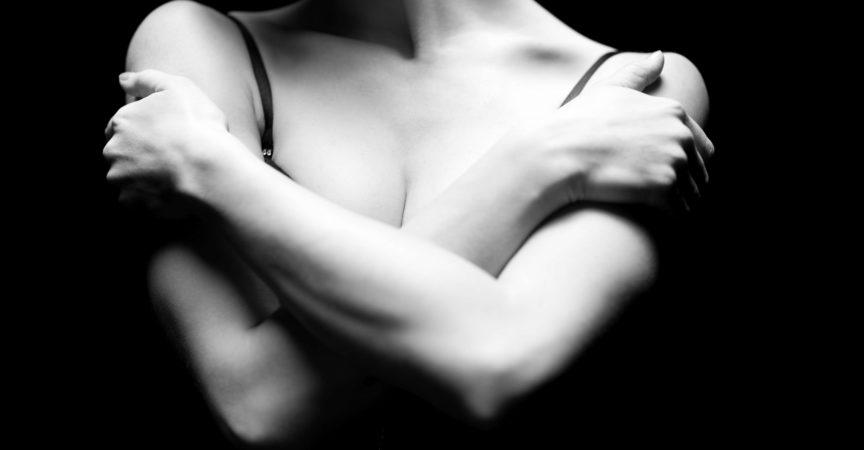 Hände und Schultern