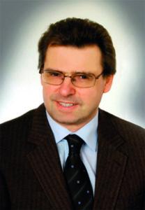Univ.-Doz. Dr. Wolfgang Oczenski