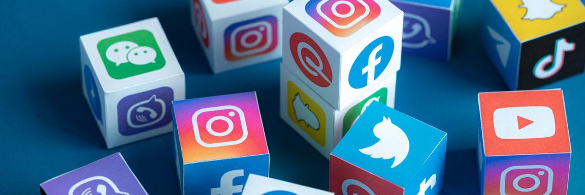 Social Media Apps Logos auf Würfel gedrucktCube