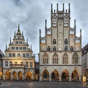Giebel des Stadtweinhauses und Rathaus am Prinzipalmarkt, Münster, Münsterland, Nordrhein-Westfalen, Deutschland
