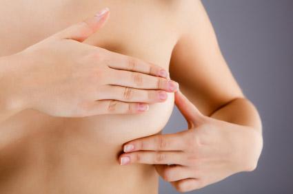 Brustuntersuchung, iStockphoto, gbh007