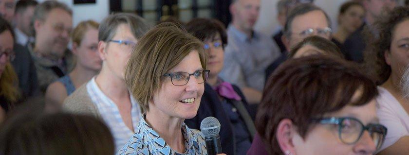 """Experten wie Dr. Susanne Greber-Platzer (AKH) meldeten sich am """"Rare Diseases Dialog"""" der Pharmig zu Wort."""
