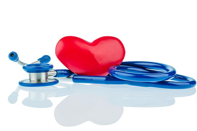Herz_und_Stethoskop