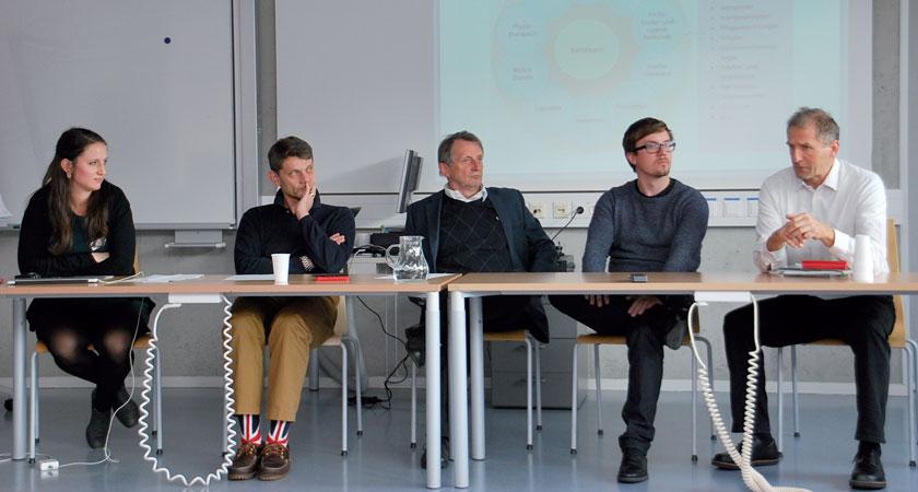 Ließen beim JAM15 Meinungen zur Primärversorgung aneinanderprallen (v.l.n.r.): Dr. Anna Klicpera (Moderation), Dr. Ernest Pichlbauer, Dr. Reinhold Glehr, Dr. Florian Stigler und Mag. Georg Ziniel.