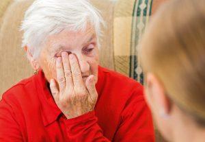 In Pflegeheimen werden immerhin Kontrollen durchgeführt. Die häusliche Pflege ist jedoch ein völlig ungeschützter Bereich.