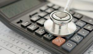 Wie effizient ist das heimische Gesundheitssystem? Die Antwort auf diese Frage hängt bis zu einem gewissen Grad davon ab, wer wo hinhorcht.