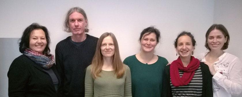 Am Institut arbeitet ein multidisziplinäres Team aus Ärzten, Sozialarbeitern, Ergotherpeuten und Psychologen.