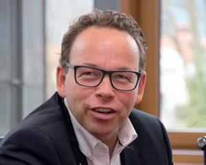 """Widschwendter baut in Tirol die """"Research Unit P4Medicine"""" auf."""