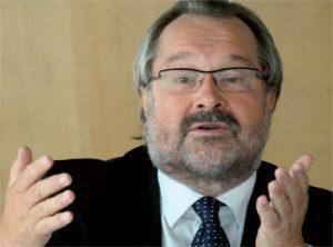Dr. Gert Wiegele