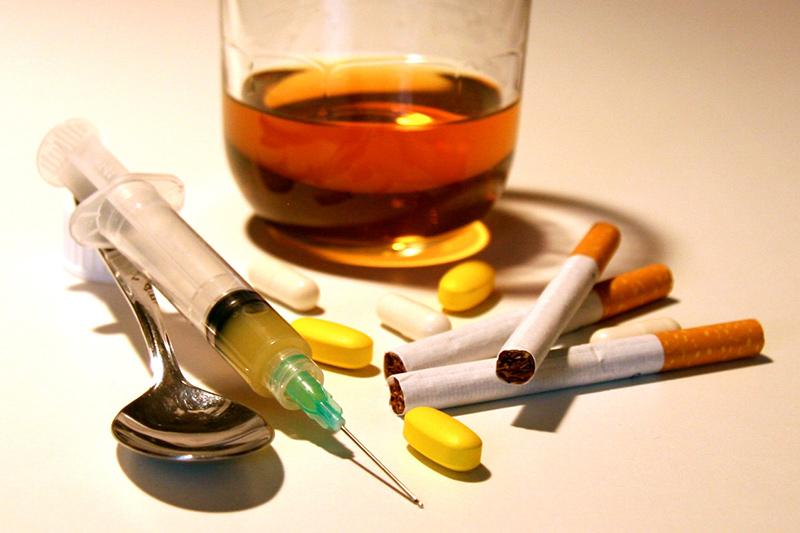 Bei Heroinabhängigen bewirkt das Stresshormon Cortisol eine Reduktion des Suchtverlangens.