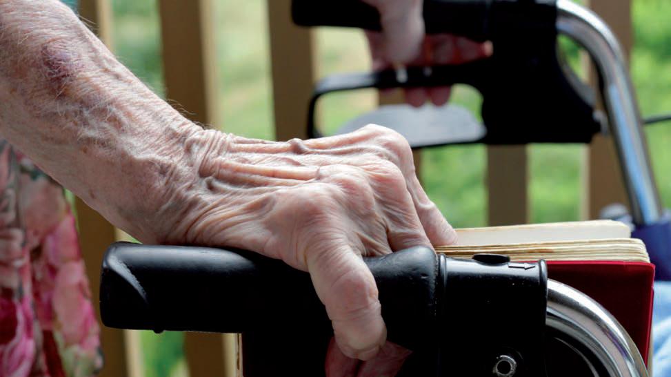 Nur, wenn die Patienten post OP von Anfang an voll belasten können, sind sie mit dem Rollator mobil.