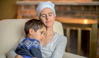 Wenn Mütter schwer erkranken, brauchen die Familien Unterstützung.
